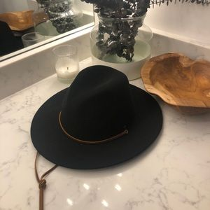 Britton Hat